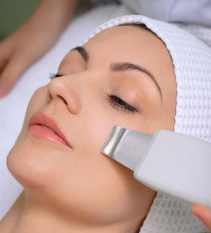 Advanced anti-aging Ultrasound Facial Treatment, ultrasound facials, skin, wrinkles, skin tone, microdermabrasion, chemical peel, ultrasound facial, elasticity, acne, acne scarring, hyperpigmentation, exfoliate, sun damage, aging, FDA cleared, skin cells, facials, sun screen, sun exposure, fine lines, crows feet,