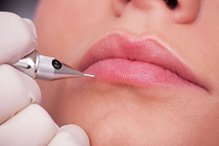 Applying makeup correctly, How Permanent Makeup Works, Permanent Cosmetic, Consultation